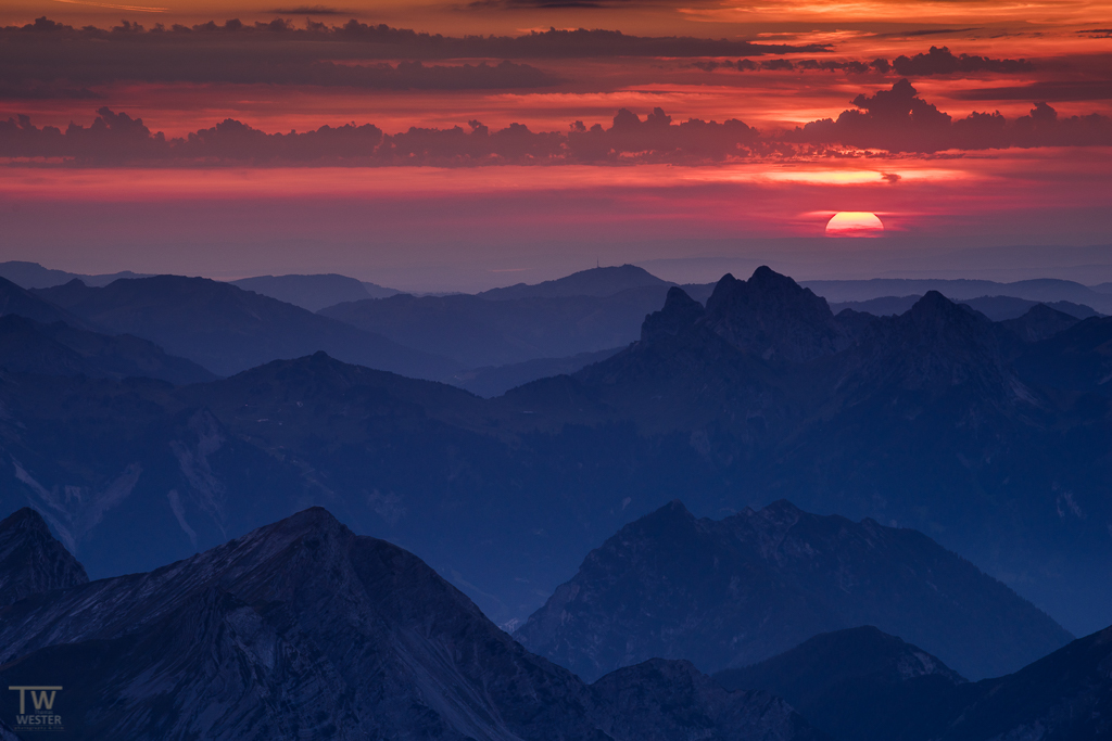 Wenige Sekunden später war die Sonne verschwunden (B1089)