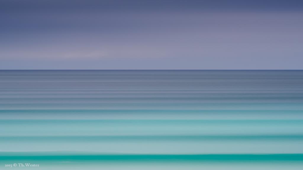 """Um die tollen Wasserfarben einmal zu verdeutlichen, entschied ich mich für eine """"Wischer-Aufnahme"""" bei gewitterträchtigem Himmel (B500)"""