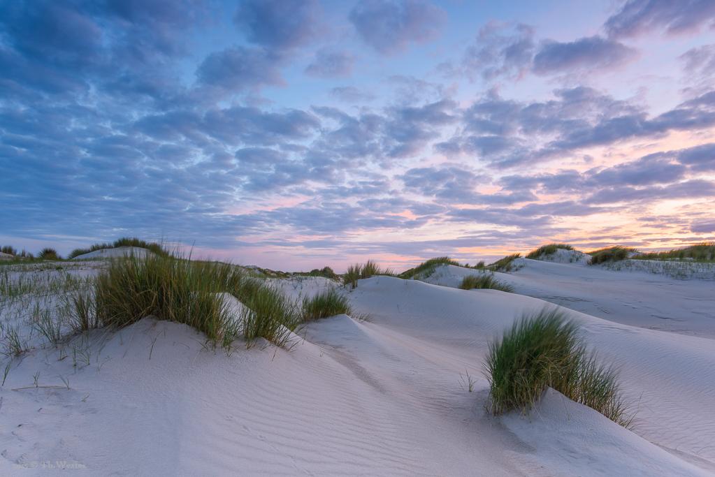 Kurz nach Sonnenuntergang stellen sich ab und zu wunderschöne Farben ein (B324)