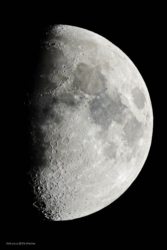 Mondaufnahme (B74)