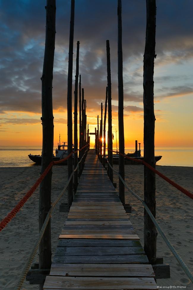 Sunset at the beach (B149)