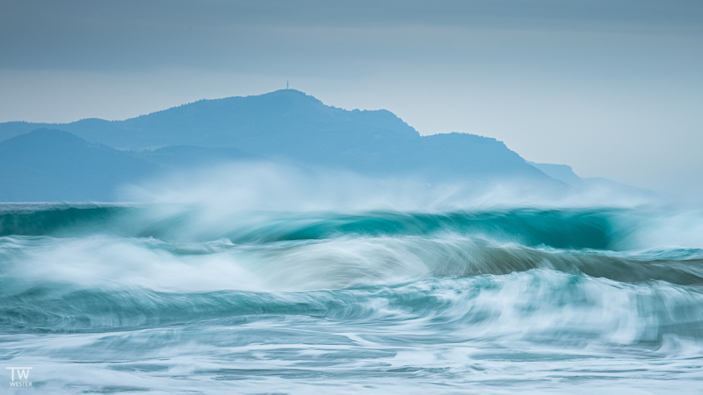 Der schöne Swell inspirierte mich zu einigen abstrakten Aufnahmen… (B1886)