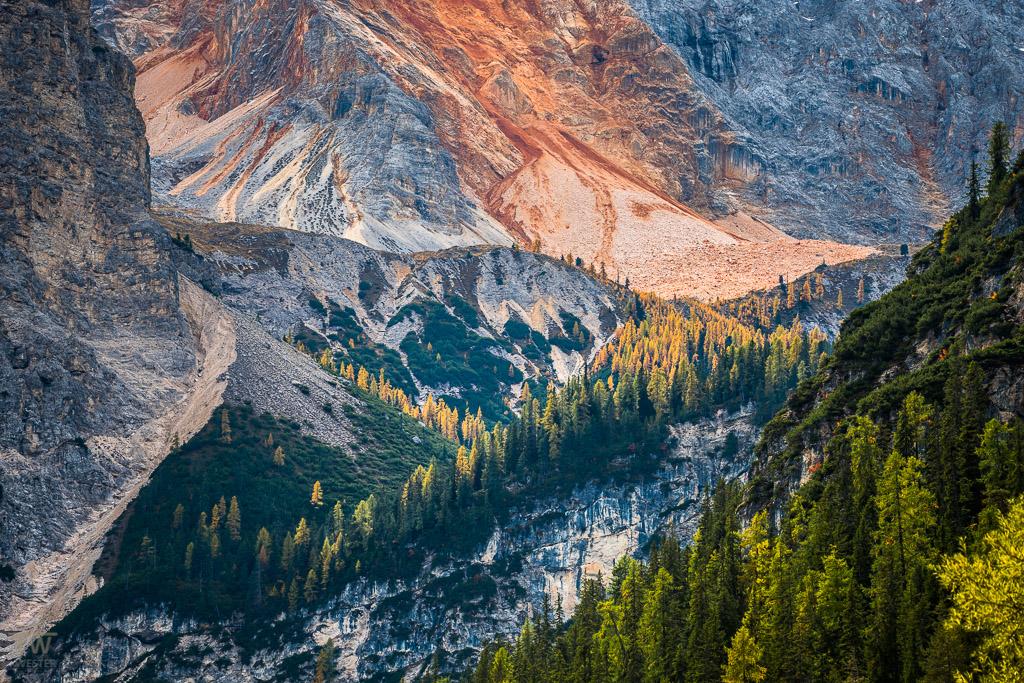 Gesteinsfarben der Dolomiten (B1128)
