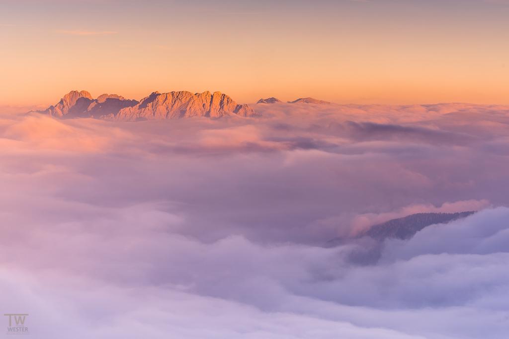 Über den Wolken konnte ich diesen Sonnenuntergang beobachten (B1126)