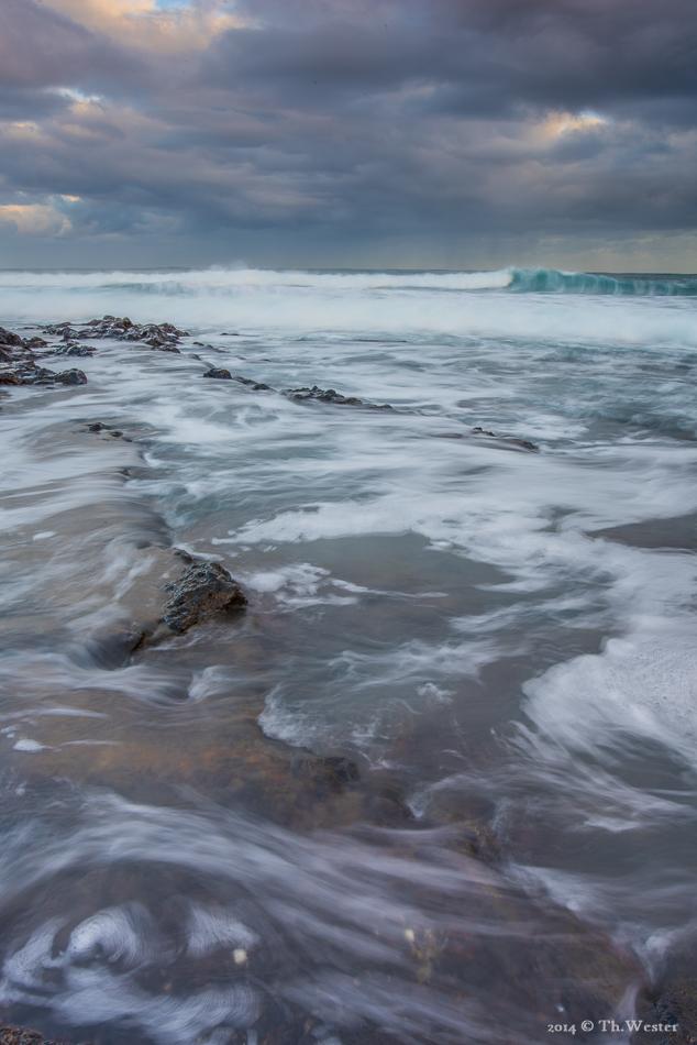 Doch auch die Bewegungen des Weißwassers sind bei längeren Belichtungszeiten immmer wieder interessant zu fotografieren (B237)