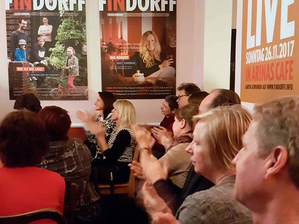 Gespanntes und am Ende restlos begeistertes Publikum...