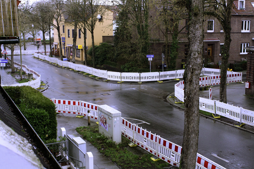 Absperrung der Straße seit Anfang Februar 2020