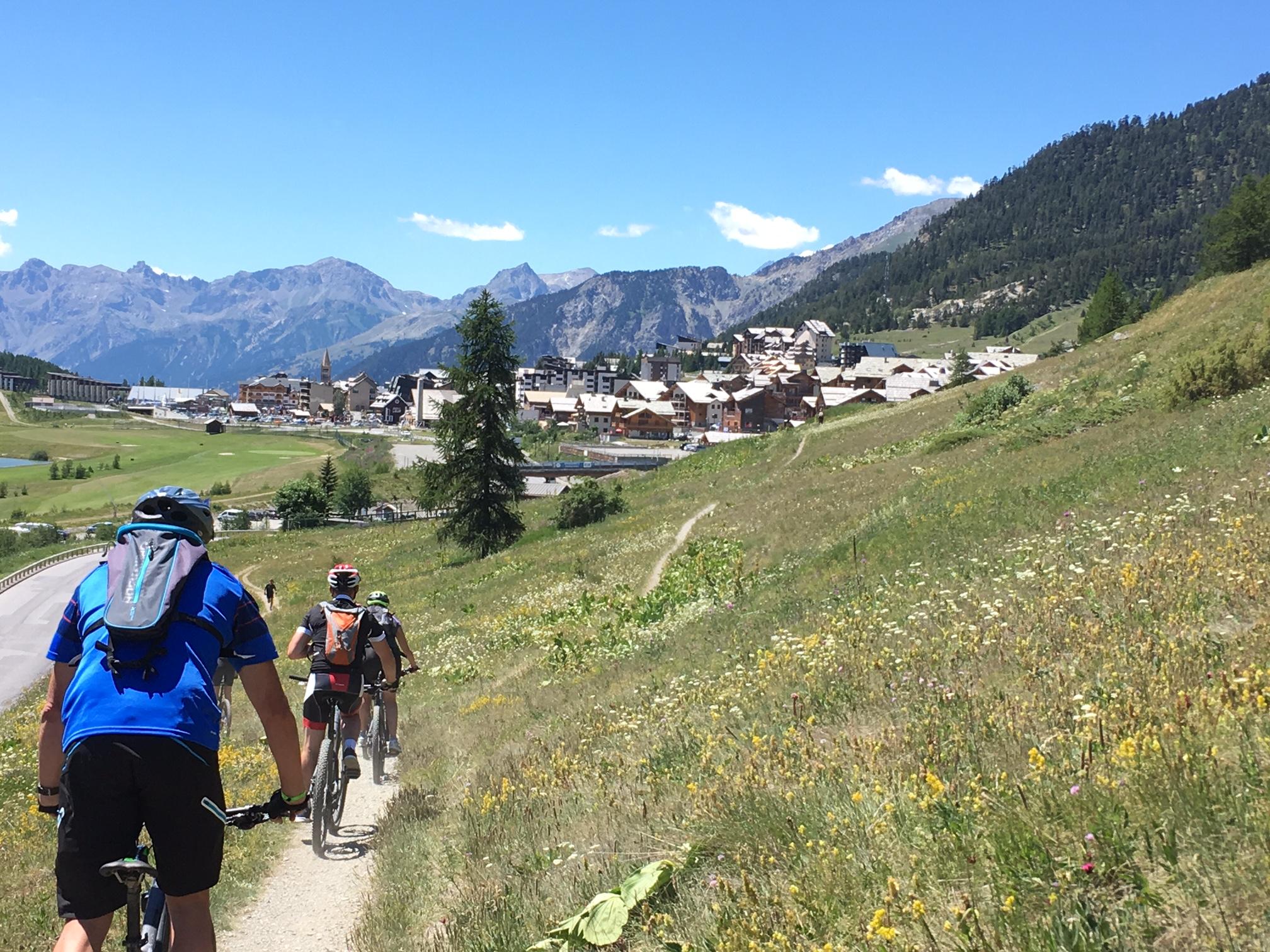 Sentier VTT depuis Les Miandettes vers le village