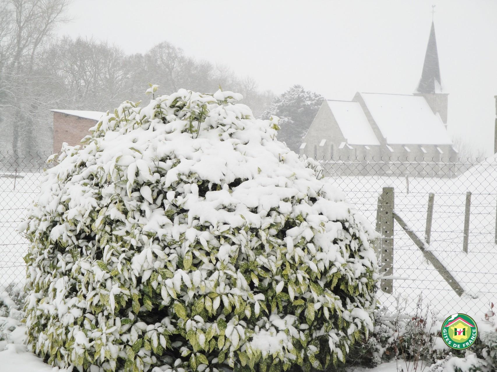 """Chapelle de Janville """" vue du Gîte A Janville N° 1117 """""""
