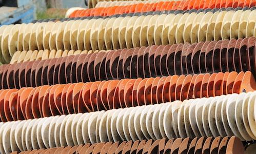 Collecteurs de naissain d'huîtres sous forme de coupelles