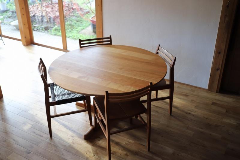 直径125㎝ 山桜 ラウンドテーブル 丸テーブル