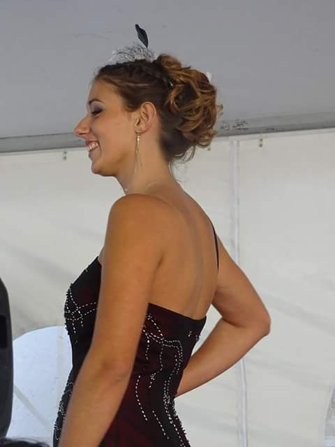 Miss Rétro Les Ciseaux d'Isa