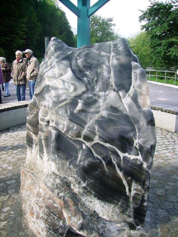 Salzstein vor dem Eingang