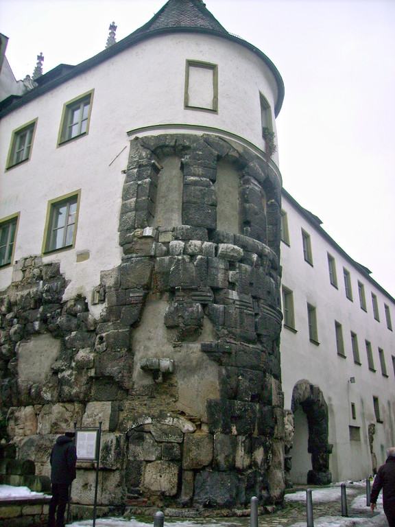 Ostturm der Porta Prätoria