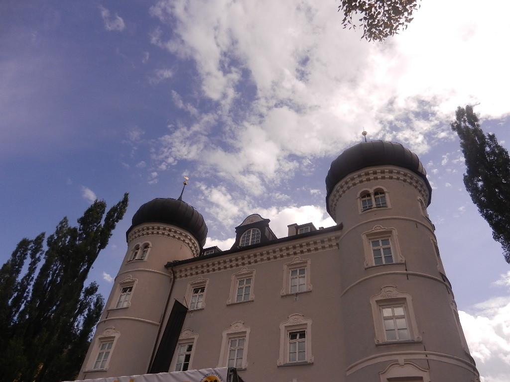die Liebburg -Wahrzeichen von Lienz - und seit 1988 auch Rathaus
