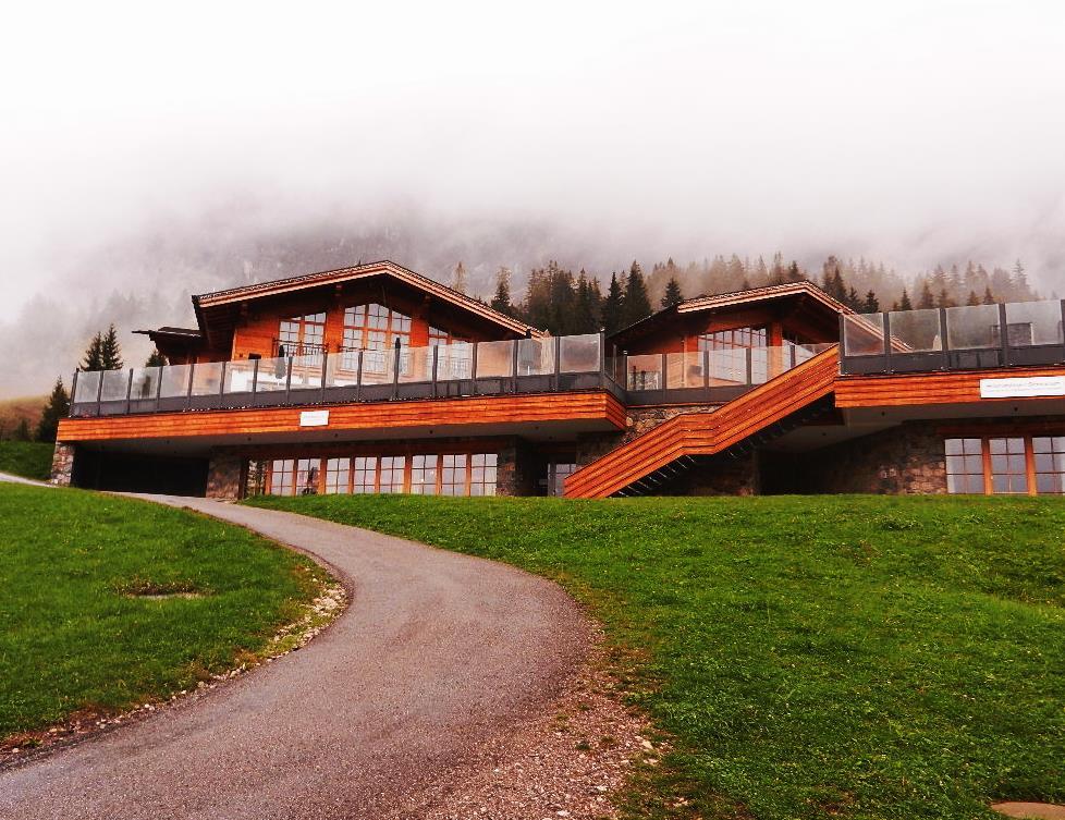 """""""Einkehr"""" im Tiroler Haus  (Nähe Ehrwalder Alm)...."""