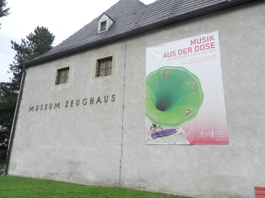 Sonderausstellung - Musik aus der Dose - v. Louis Holzer