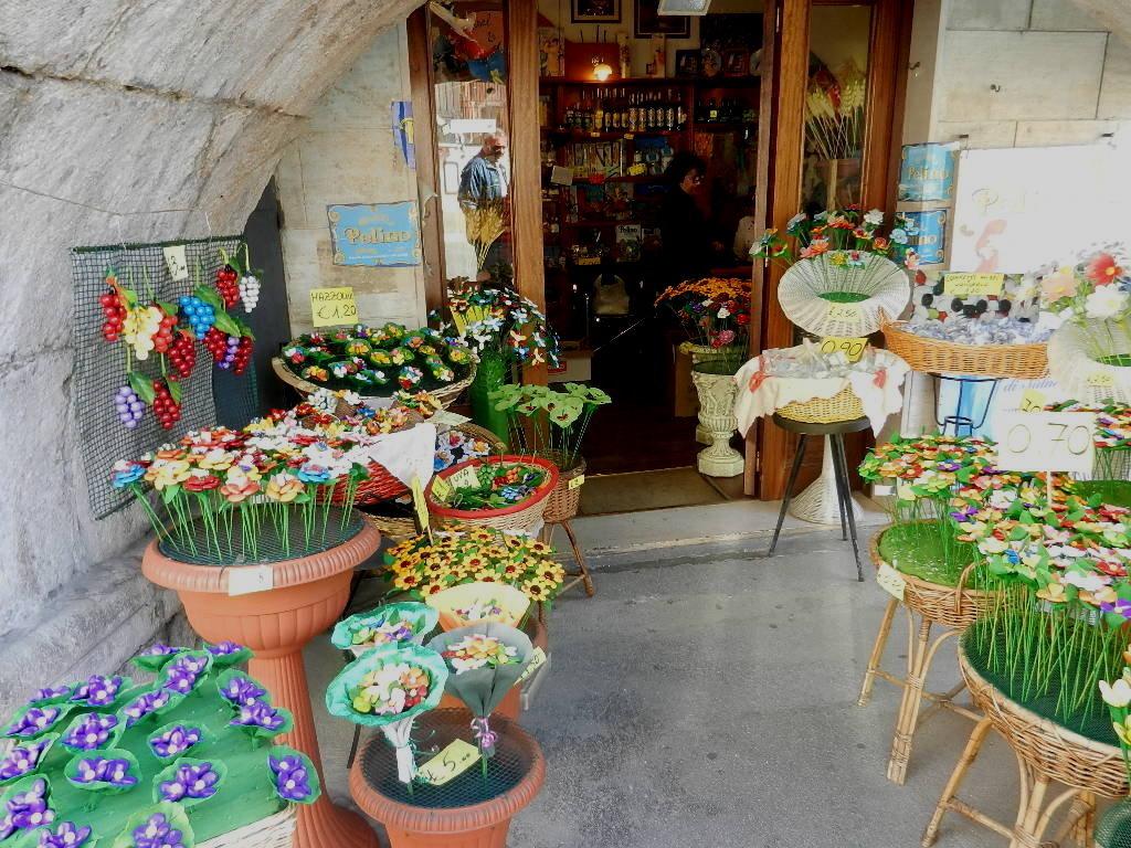 """Verkaufsladen von """"Confetti-Creationen"""" in Sulmona"""