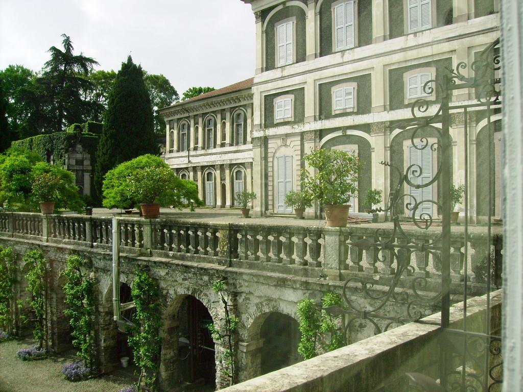 Außenansicht d. Schloss