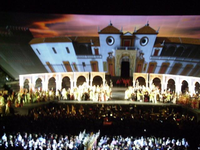 Video-Bühnenbild zu Carmen