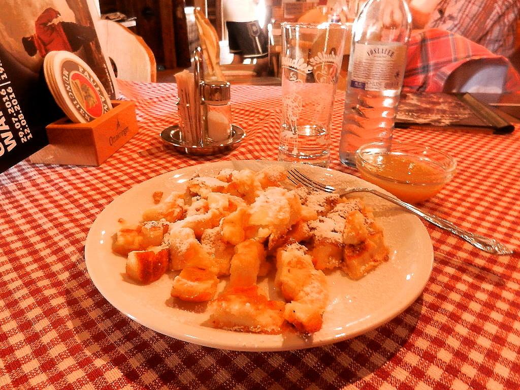 ... für den besten Kaiserschmarren  in Tirol auf der Grawa Alm hat die Zeit  gereicht :-)