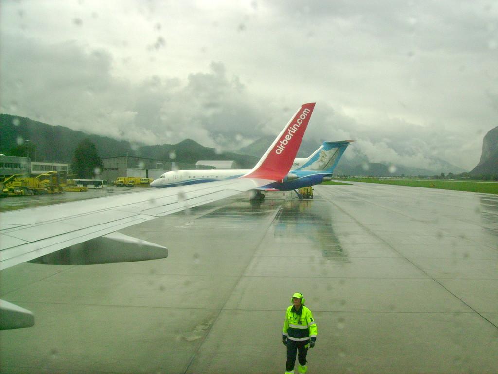 Abflug - Flughafen Innsbruck