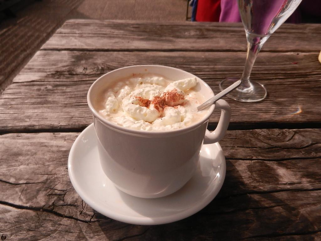das ist kein Cappuccino - das ist ein Almkaffee