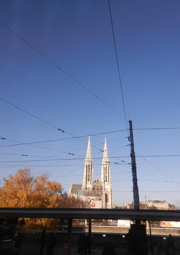 Blick auf die Votivkirche