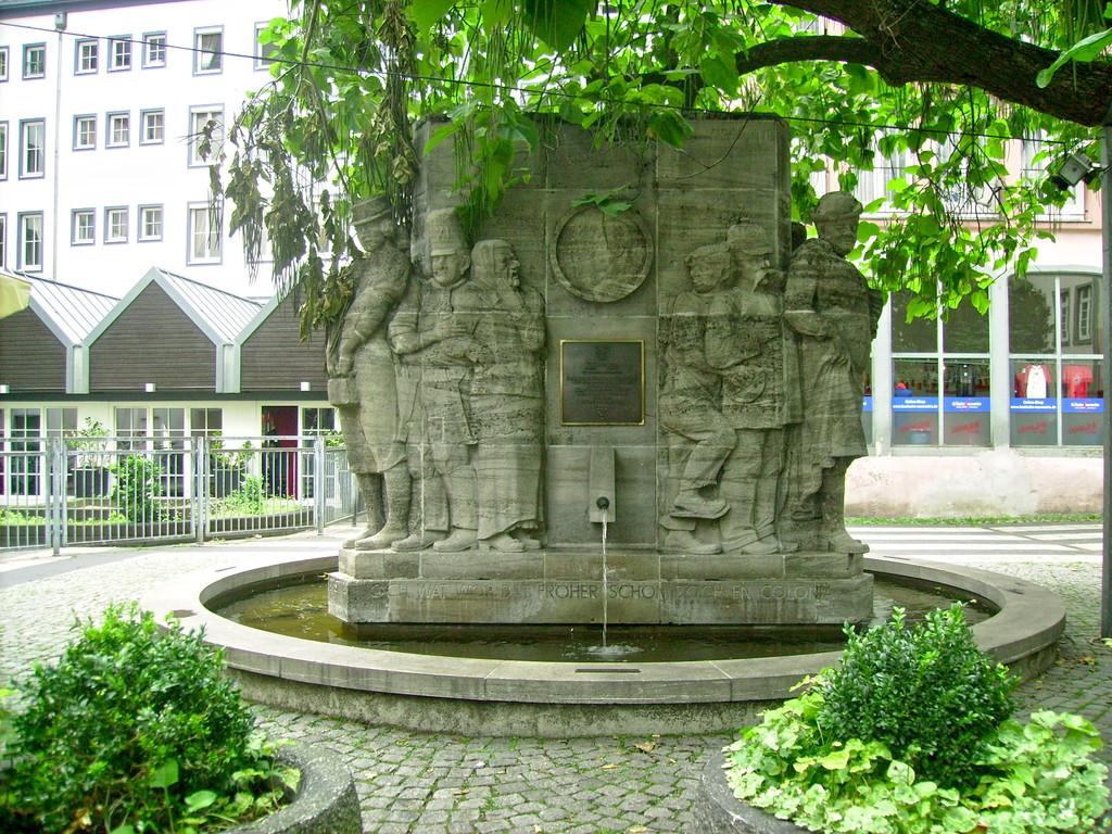Ostermannbrunnen -mehr v. Ostermann -b. Information unterhalb d. Bilder