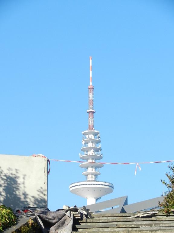 Rückweg vorbei am Fernsehturm....