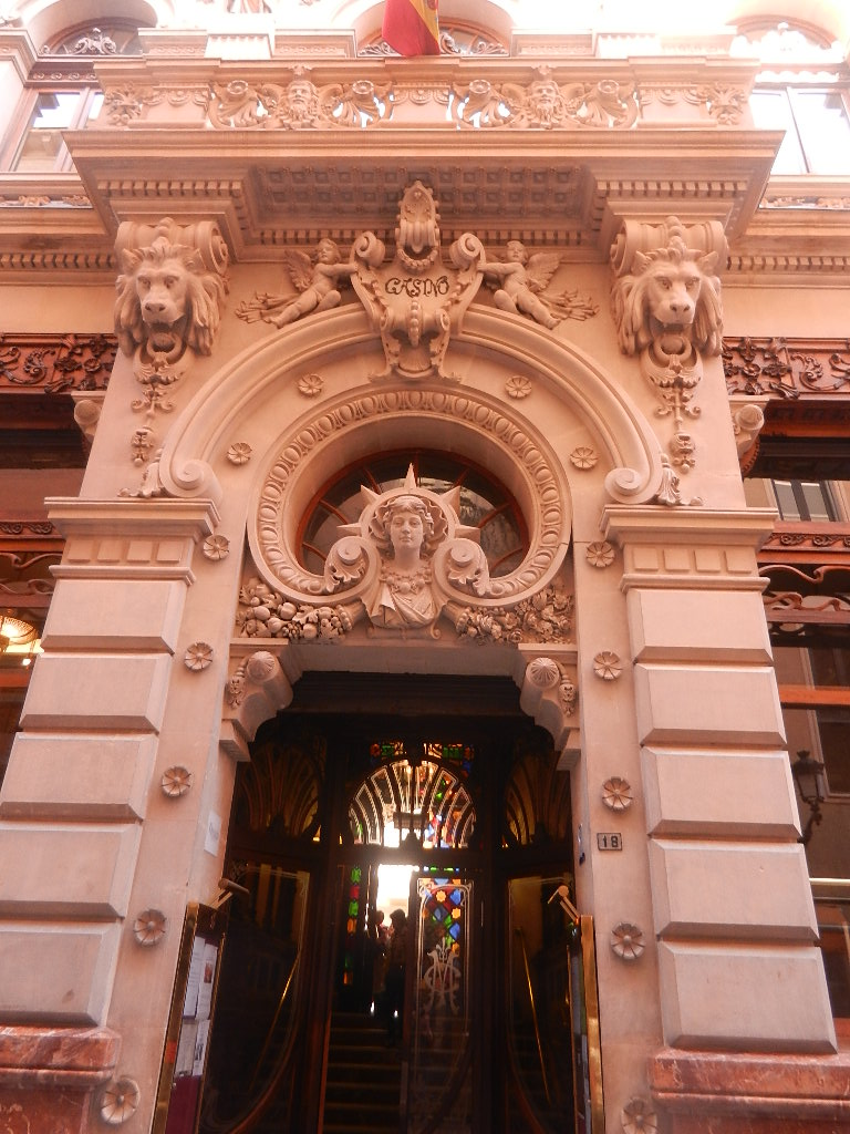 Eingang zum Casino der Stadt Murcia