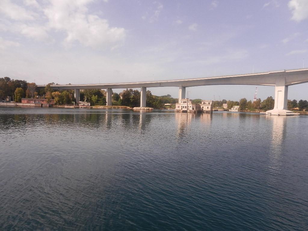 die längste Brücke v. Italien