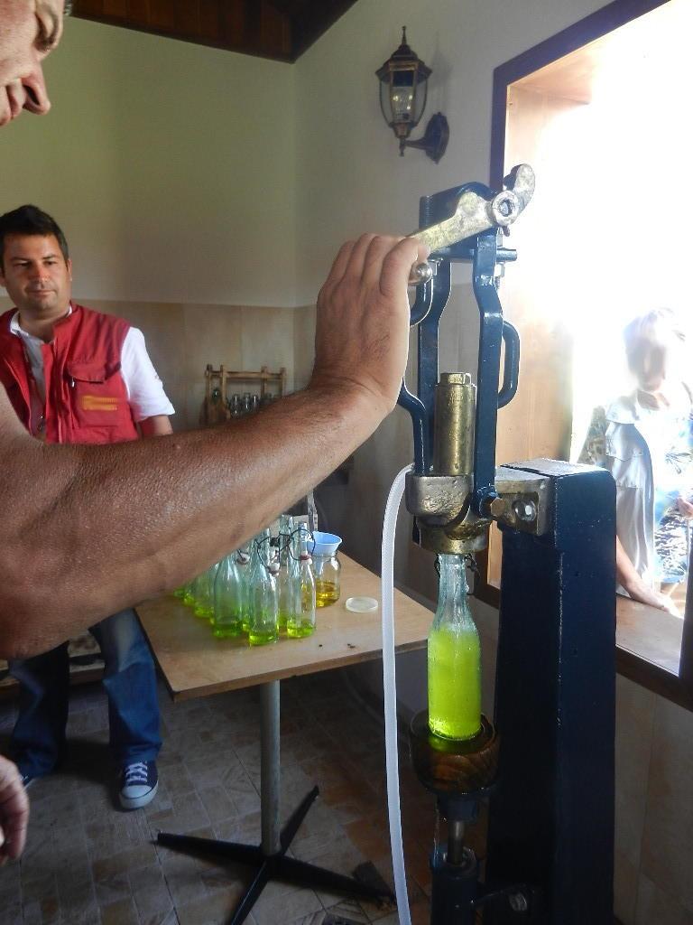 Maschine zur Herstellung von Limonade - wurde um ca. 1920 in Österreich hergestellt - genaue Unterlagen sind nicht mehr vorhanden