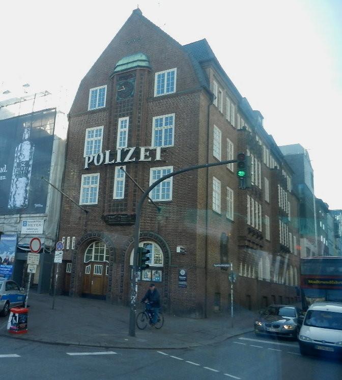 """""""die Davidswache"""" das bekannteste Polzeiwachzimmer Deutschlands aufgrund des Fernsehens"""