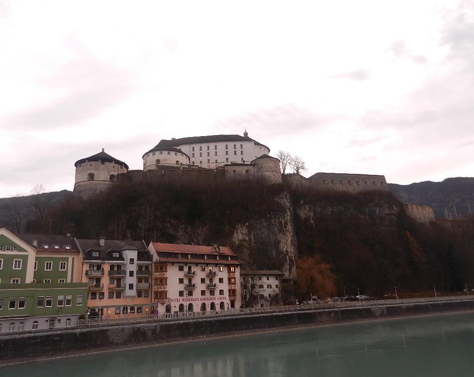 Festung Kufstein ( Josefsburg) bei Tag