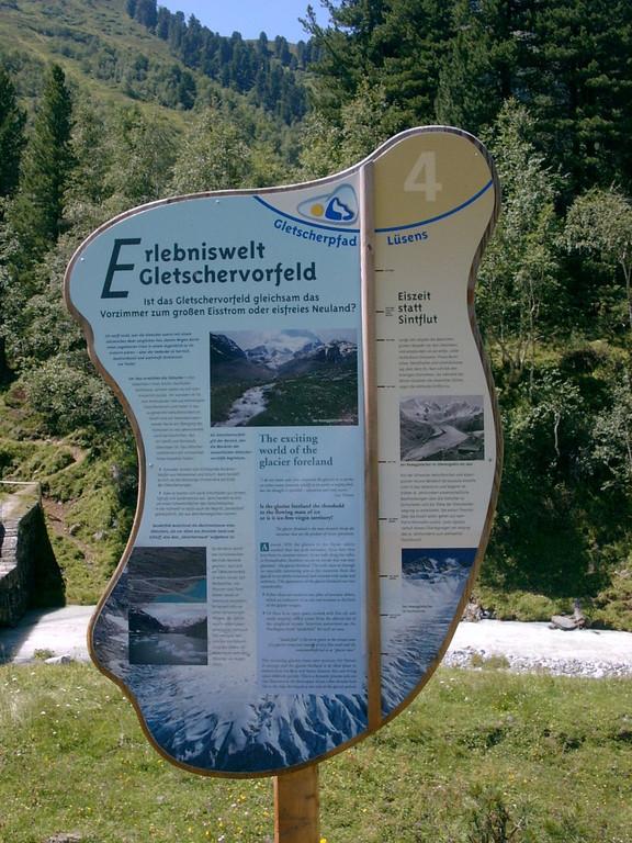 Informationstafel zum Gletscherwanderweg