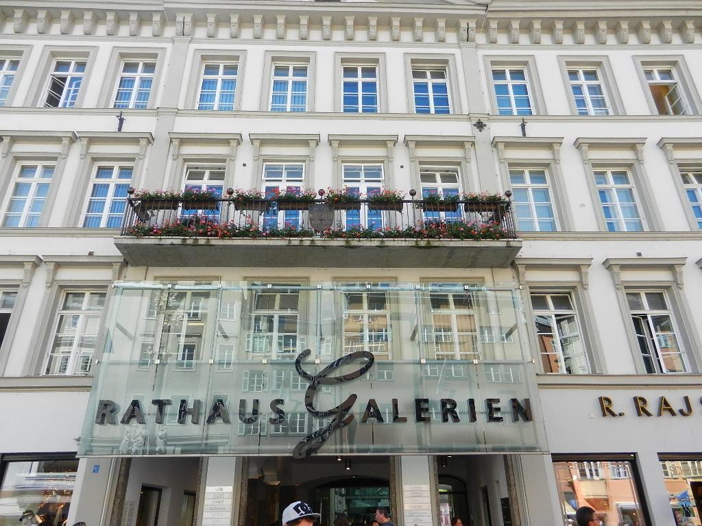 Rathaus Galerien - Eingang Maria-Theresien-Straße