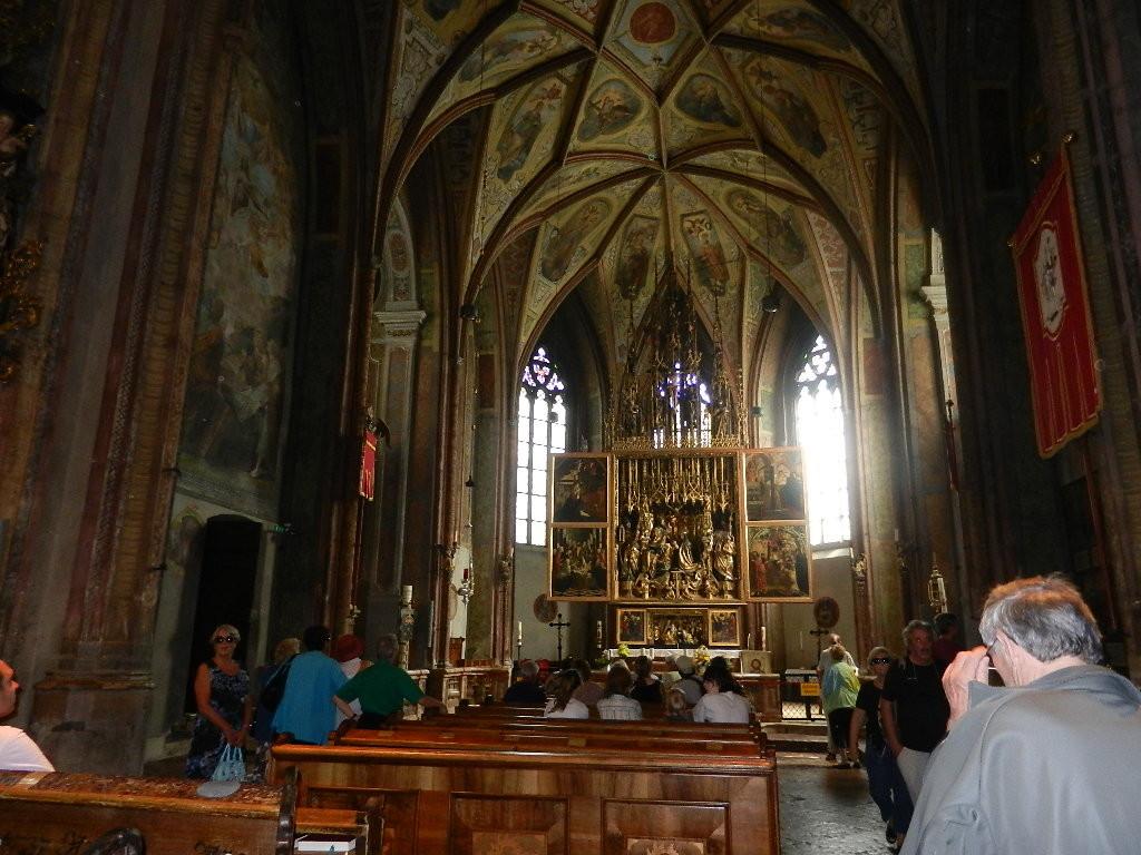 der brühmte Altar v. Michael Pacher in der Kirche v. St. Wolfgang