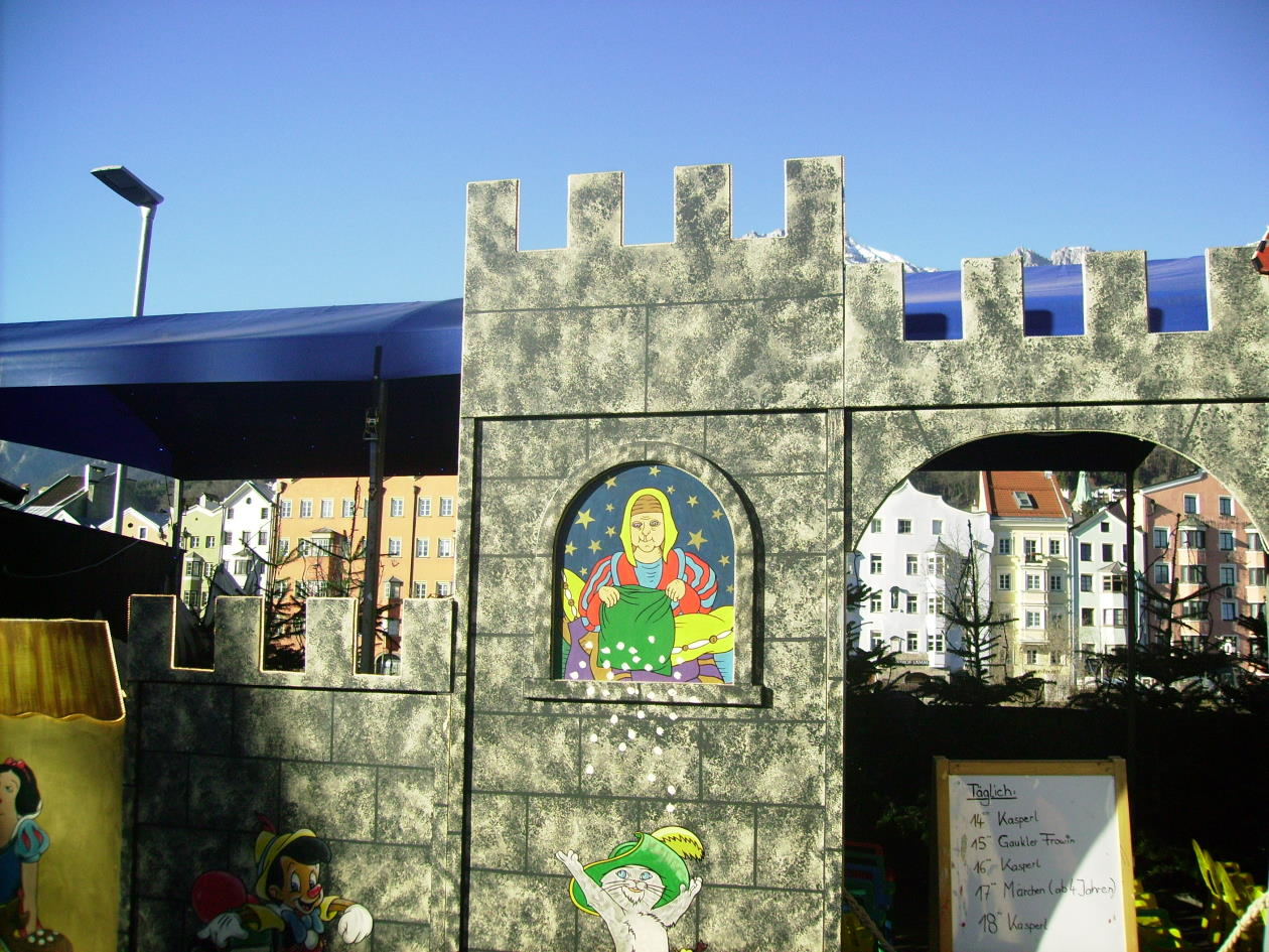 Christkindlmarkt am Innsbrucker Marktplatz -   Dez.2016