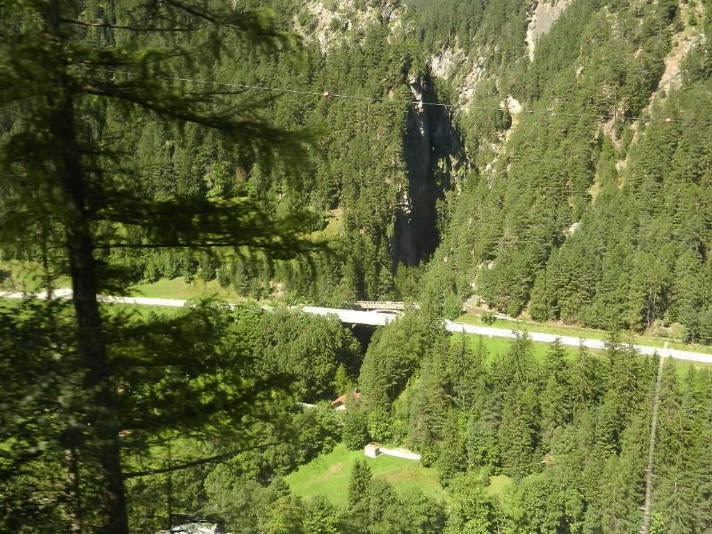 Durch das Paznauntal im Tiroler Oberland zum Reschensee