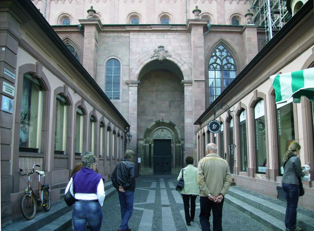 Weg zum Mainzer Dom