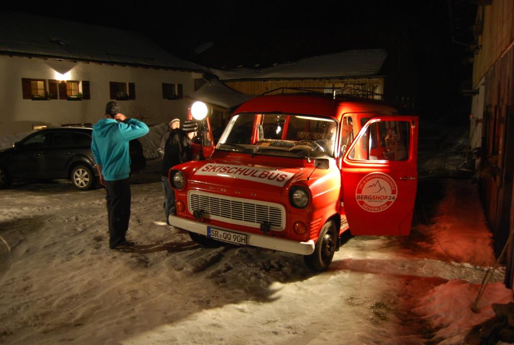 Die Rote Göttin (Skischulbus)!