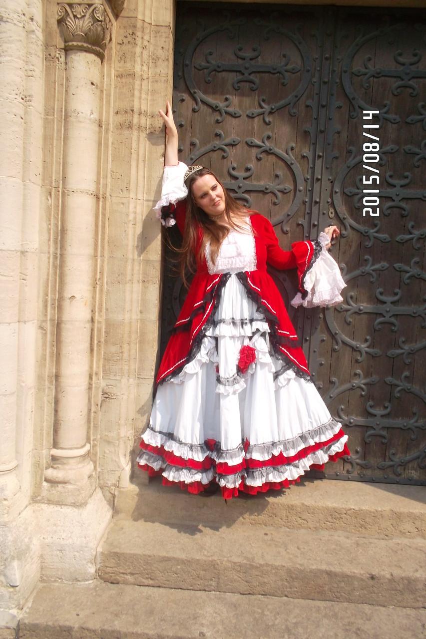 """Ich im Kleid """"Baroque Rose"""""""