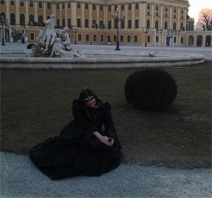 """Ich im Kleid """"Queen of the Night"""""""