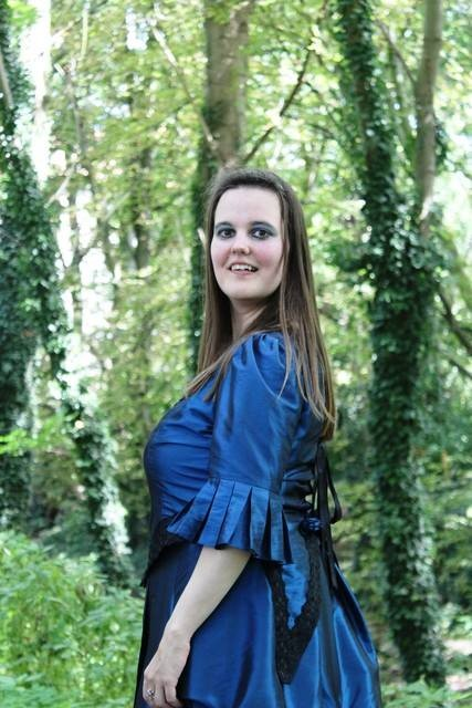 """Ich im Kleid """"Blue Victorian"""""""