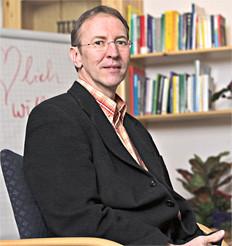 Thomas Bick beim Mediationsgespräch