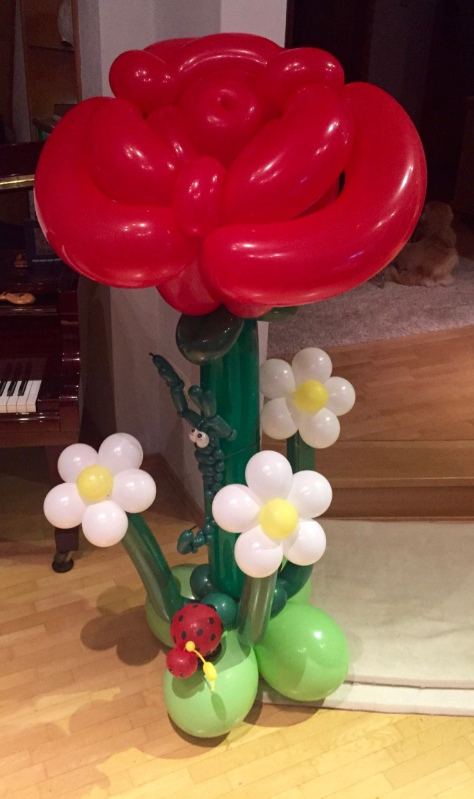 Ballonblumen twisten, große Ballonrose, Geburtstag, Ballonblume groß, Mr. toni balloni ch