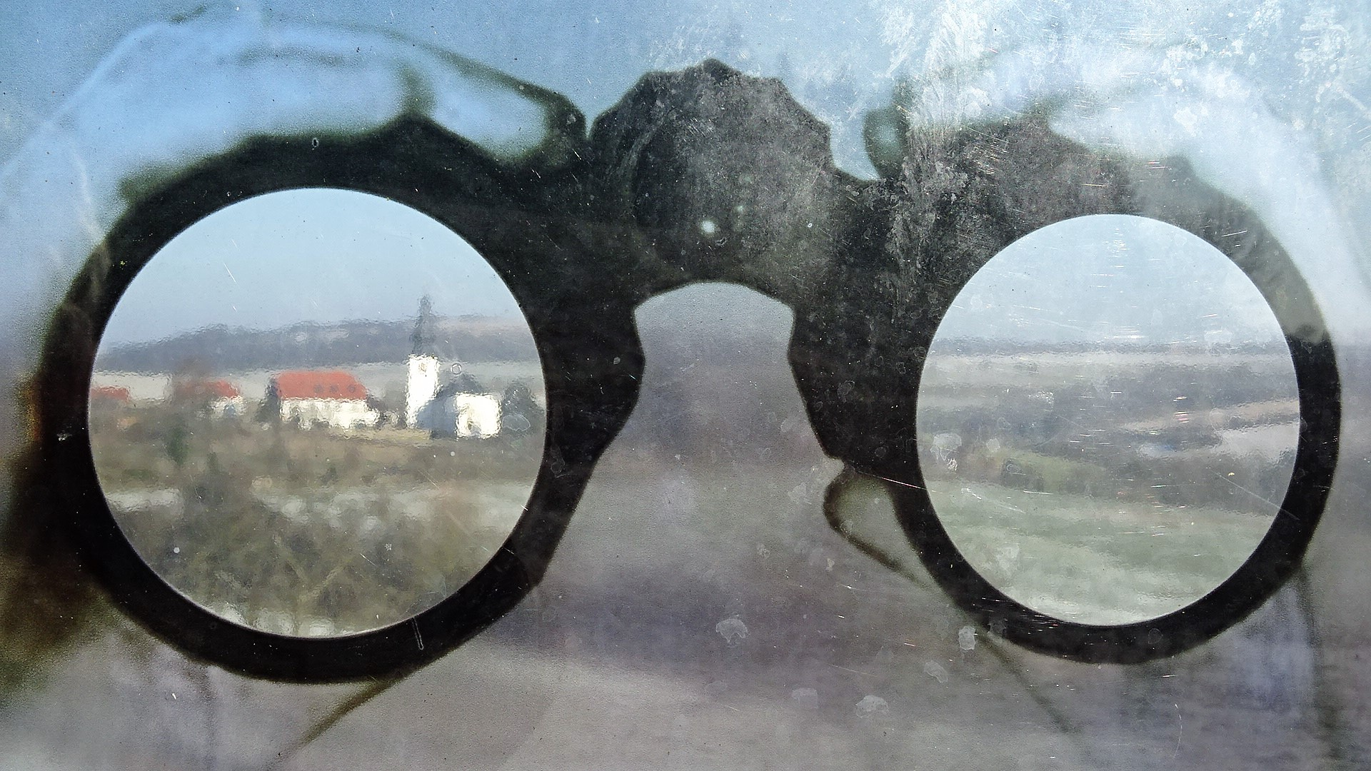 Am Grenzblickfenster in Leiding