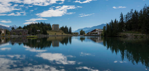 Laut Anne aus Morges (VD) muss man Crans Montana im Kanton Wallis gesehen haben. Neben der eindrücklichen Natur lohne sich auch ein Abstecher ins Kunstmuseum.