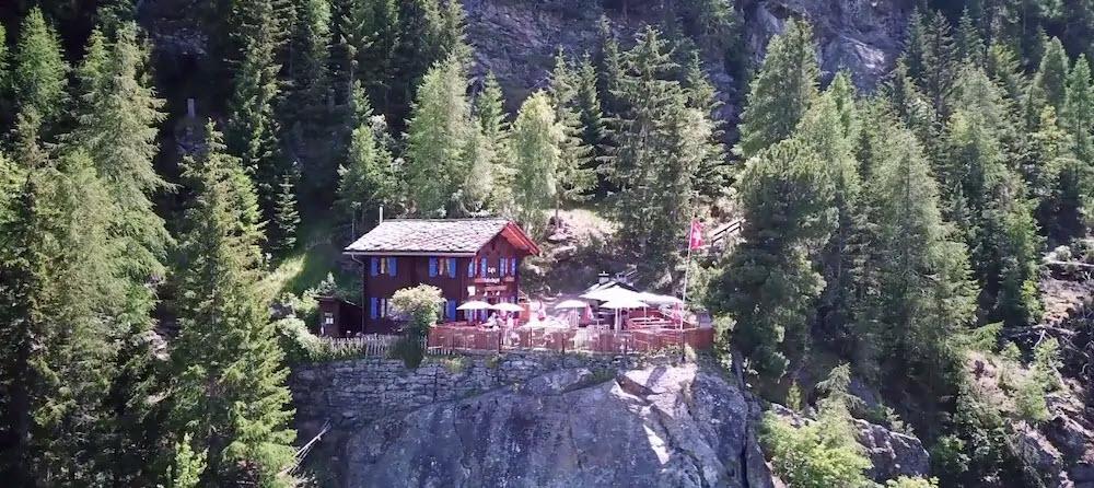 Das Restaurant Hohtschuggen in Grächen VS liegt an atemberaubender Lage.